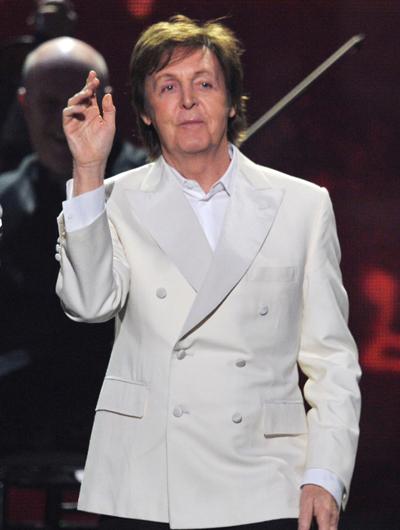 Пол Маккартни выступил на Грэмми 2012 (видео)