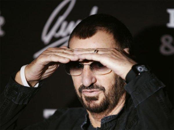 Ринго Старр для своего концерта в Москве запросил ведро черной икры и фотоаппарат «Зенит»